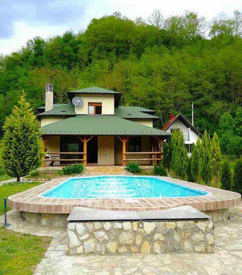 Pogled na kucu Drinski san u Velikoj reci