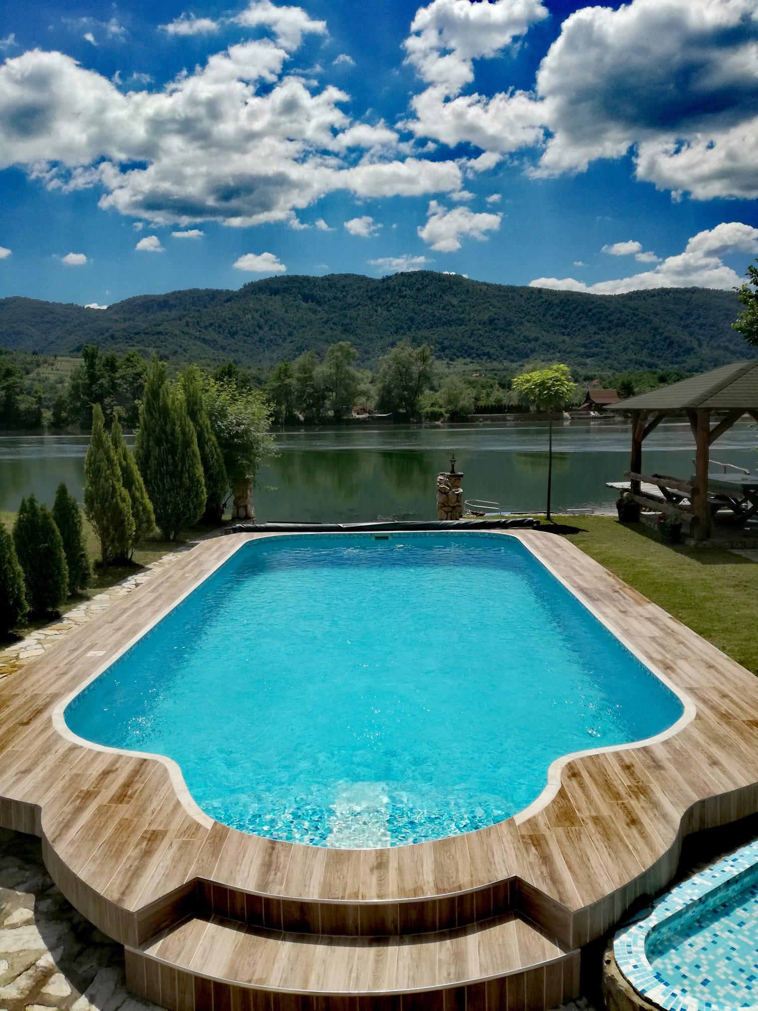 Drinski san kuca sa bazenom Srbija